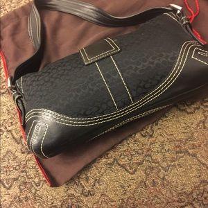 Coach Bags - Women's Coach bag